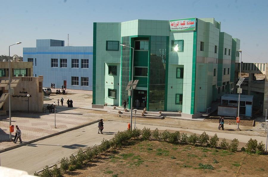 كلية الادارة والاقتصاد تقيم دورة تدريبة لمنتسبي مديرية الشباب والرياضة في مجال التنمية البشرية