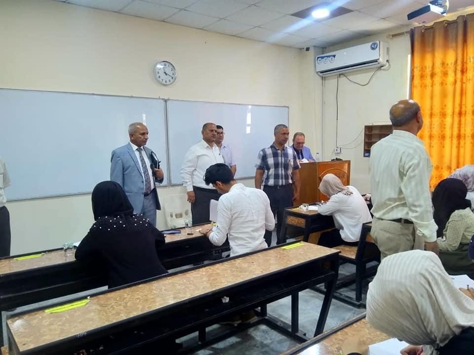 رئيس جامعة المثنى يزور كلية الطب ويرأس اجتماع مجلس الكلية