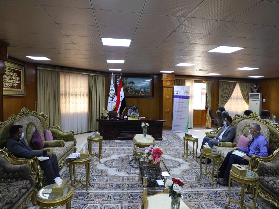 جامعة المثنى تستضيف أستاذا من جامعة فرانكلين في سلطنة عمان